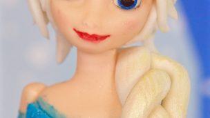 poupée en pâte a sucre reine des neige